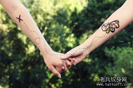 时尚另类的一款情侣风筝纹身图案