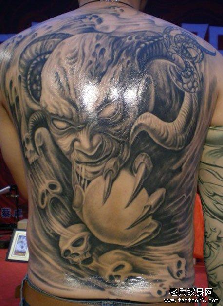超酷的一款满背恶魔纹身图案