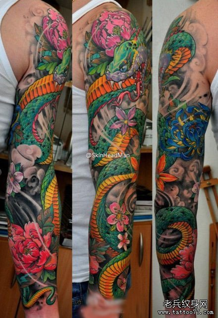 超酷的一款花臂蛇纹身图案
