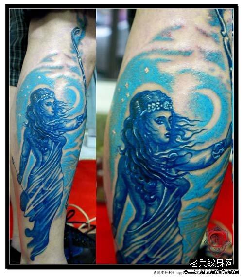 腿部漂亮的射手座纹身图案