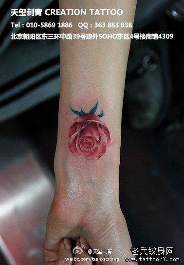 小玫瑰花纹身图案分享展示