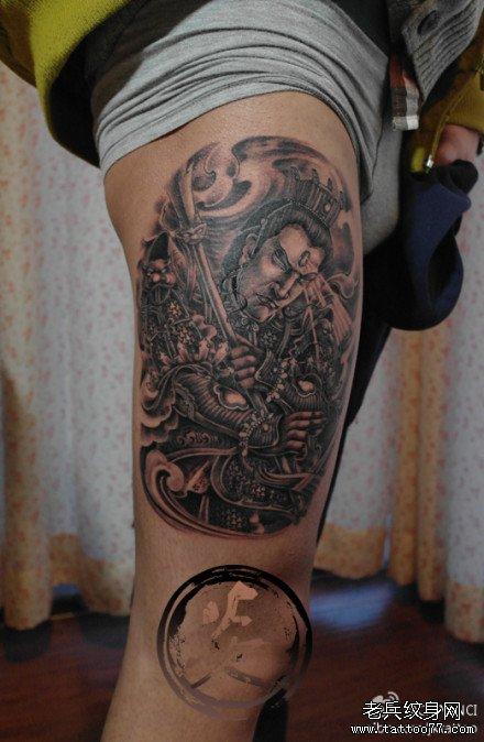 腿部帅气霸气的二郎神纹身图案