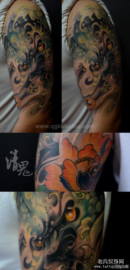 男人手臂潮流超酷的唐狮子纹身图案