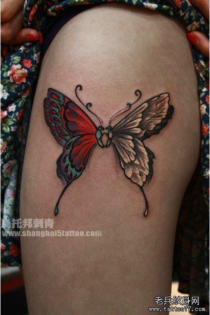 女生喜爱的蝴蝶纹身图案图片