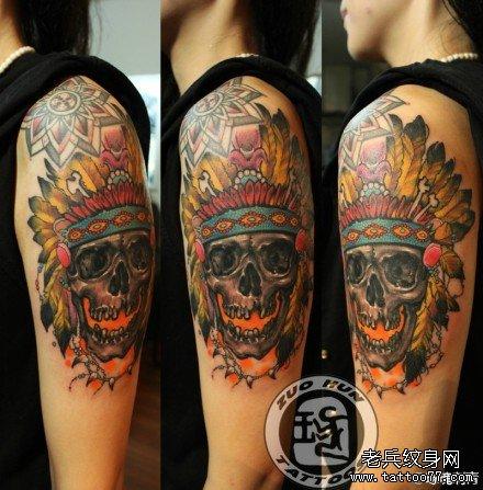 手臂时尚很酷的印第安骷髅纹身图案图片