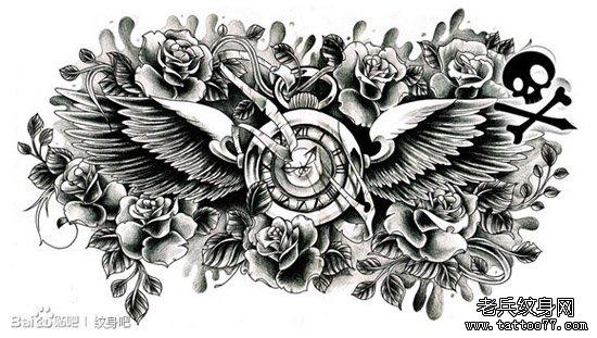 一款精美潮流的怀表翅膀玫瑰纹身图案