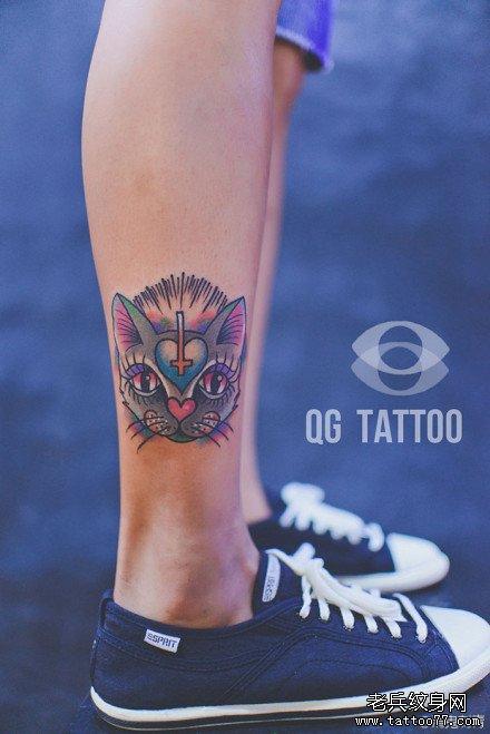 腿部潮流可爱的猫咪纹身图案