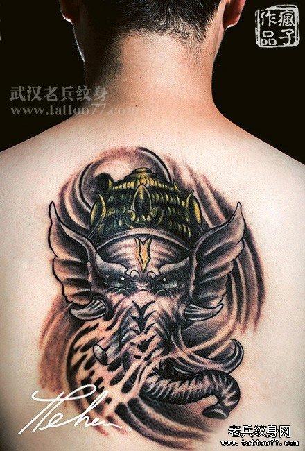 后背漂亮的象神纹身图案作品及讲究遮盖旧纹身