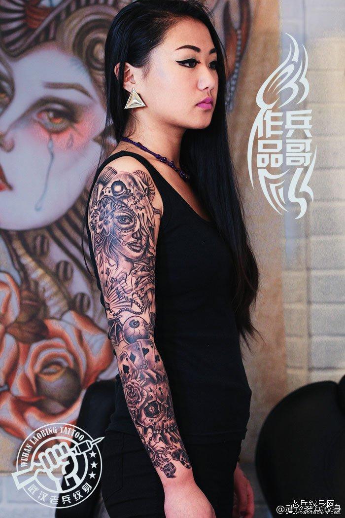 来自云南妹子打造的超酷的欧美花臂纹身作品图片
