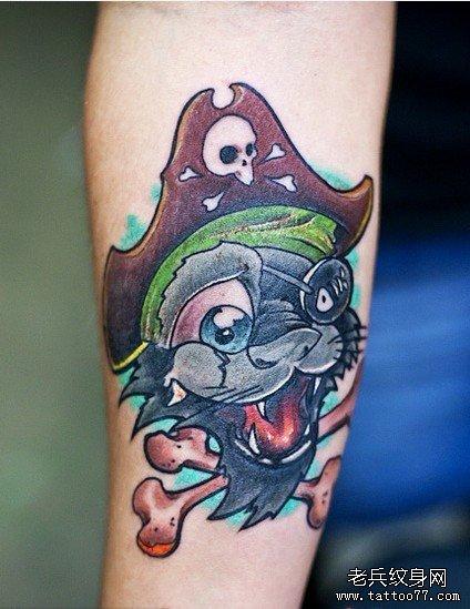 推荐一款可爱的卡通海盗纹身图案