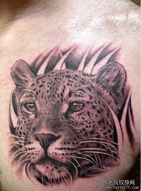 上一篇: 男生胸前潮流好看的玫瑰花纹身图案