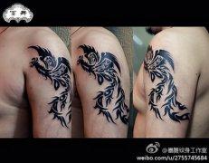 手臂潮流经典的一款图腾凤凰纹身图案图片