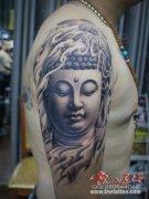 大臂上的一款佛纹身图案分享图片