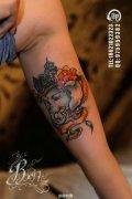手臂内侧经典潮流的象神纹身图案图片