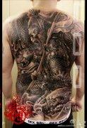 背孙悟空纹身图案 2013-12-27 17:53:25 手臂潮流很帅的一款广目天王