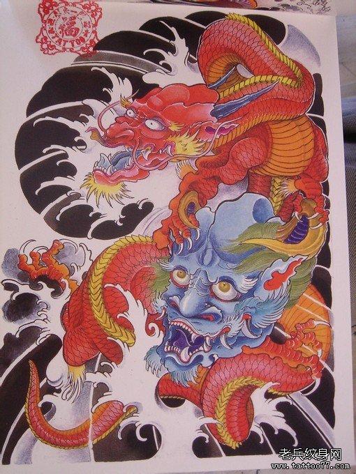 武汉纹身店半胛纹身图案大全:半胛披肩龙鬼头纹身图片
