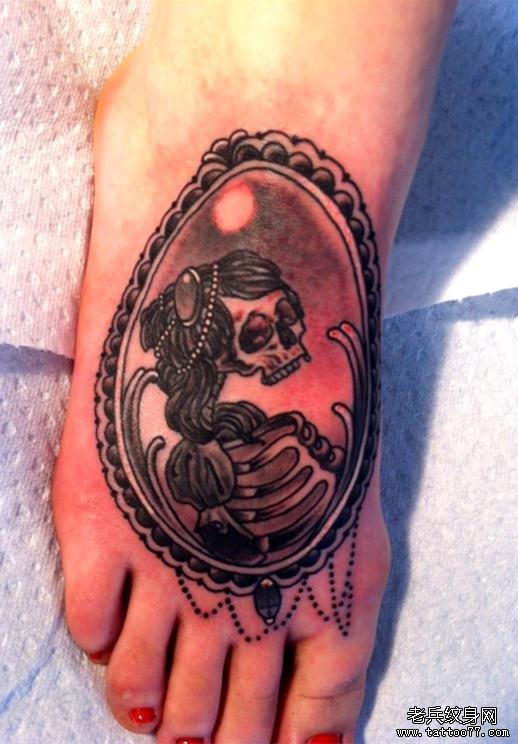 脚背骷髅纹身手稿内容图片分享
