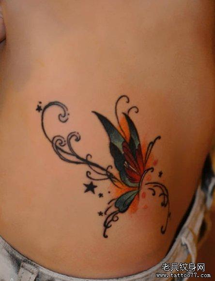 一款女性腰部蝴蝶纹身图案由武汉纹身网推荐