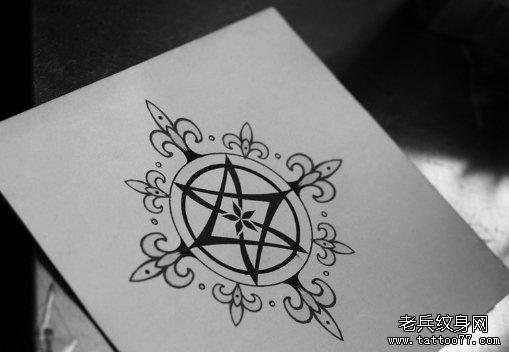 六芒星雪花纹身图案由武汉纹身店推荐图片
