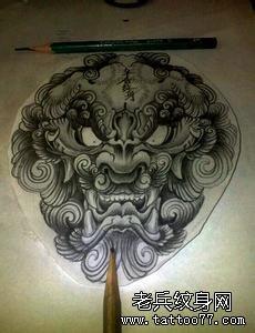 黑白风格唐狮纹身手稿图案由武汉纹身店推荐