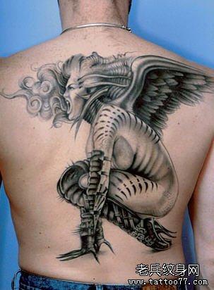 武汉最好的纹身店推荐一款适合做满背的纹身图案