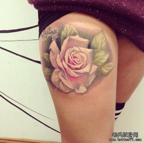 武汉最好的纹身网推荐一款女性腿部玫瑰花纹身图案
