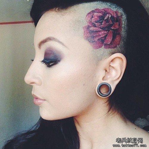 武汉纹身店推荐一款女性头部个性纹身图案