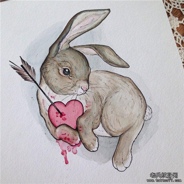 爱心兔子纹身手稿图案由武汉纹身店推荐