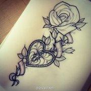 玫瑰花钥匙纹身图案由武汉最好的刺青店推荐