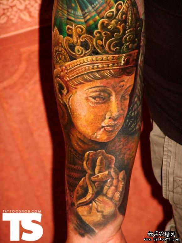 手部一款个性佛纹身图案
