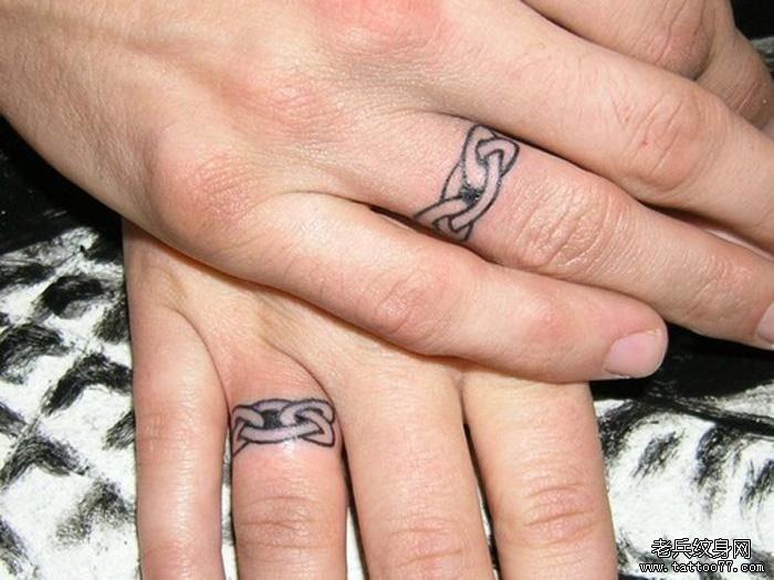 com | 标签:手指纹身图案戒指纹身图案       申明:此图案是为了提供图片