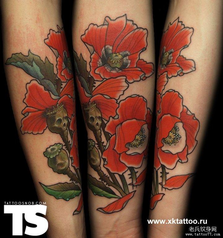 手部一款个性骷髅花纹身图案