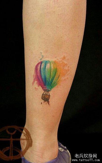 水彩泼墨花纹身分享展示