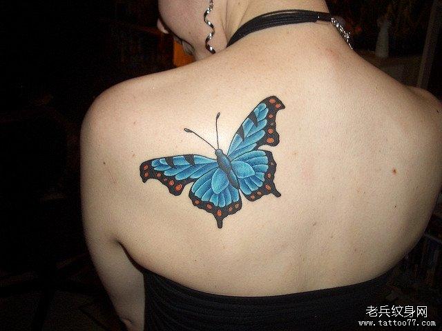 小清新肩部蝴蝶纹身图案