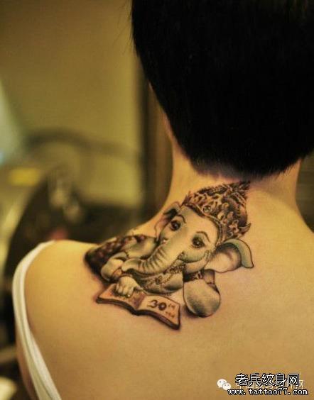 纹身 武汉/一组个性时尚的脖子纹身图案由武汉纹身店推荐