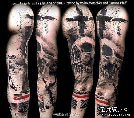 一组欧美骷髅花臂纹身图案由武汉刺青店推荐