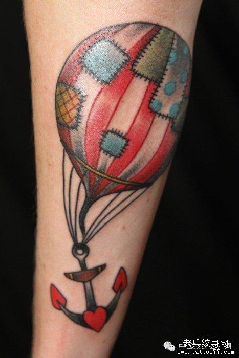 武汉最好的纹身馆推荐一组放飞梦想自由翱翔热气球