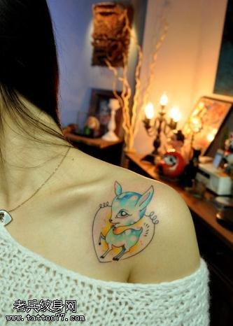 女人性感纹身部位之七锁骨纹身图案大全
