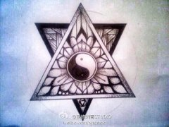 太极三角形樊花纹身手稿图案