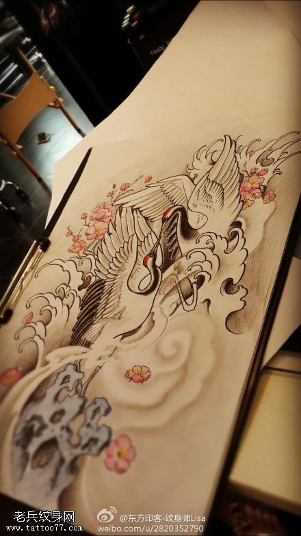 武汉最好的纹身店提供一款仙鹤纹身手稿图案