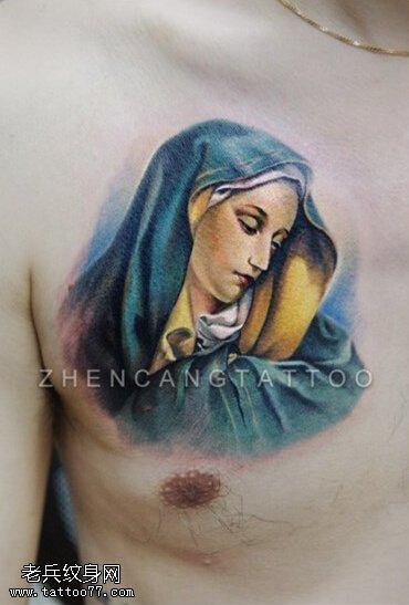 胸口彩色玛利亚纹身图案