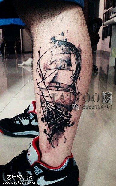 腿部帆船纹身图案