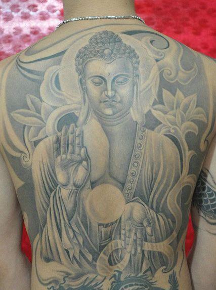 佛纹身图案:满背如来佛祖佛像纹身图案纹身图片